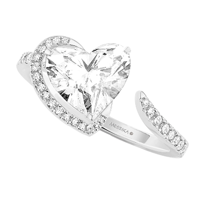 'Voltige' High Jewelry Heart Shaped Solitaire Ring