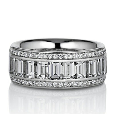 Pavé And Vertical Baguette Diamond Wedding Band In Platinum
