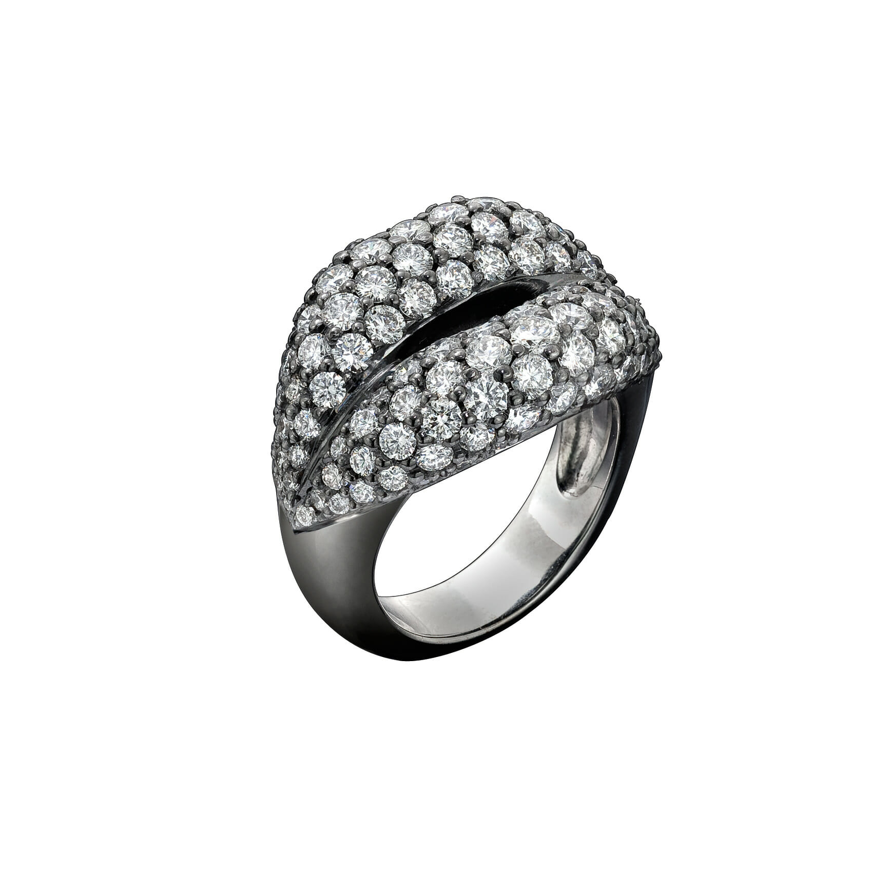 Solange the Hotlips diamond pave ring £28.000