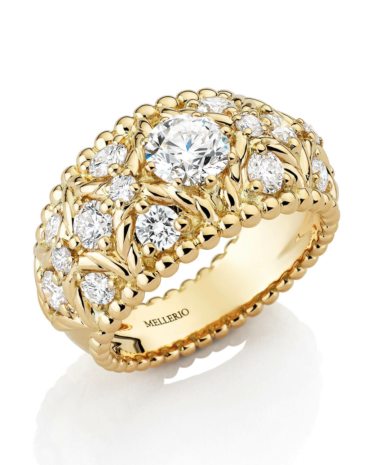 Bague Stresa in stone yellow gold 0.7 carats, paved with 16 diamonds (1.20).