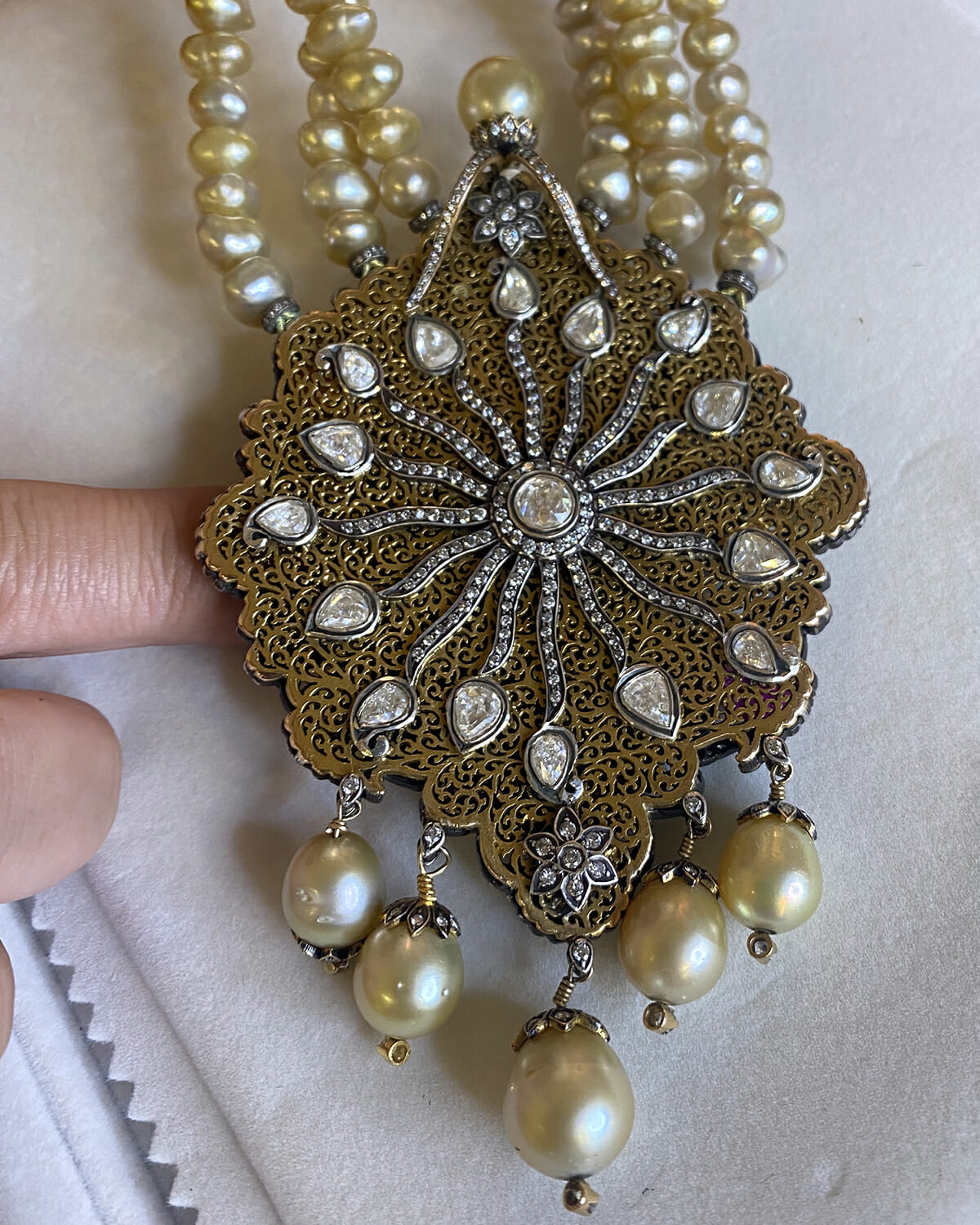 Antique diamond and pearl necklace.
